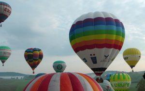 Setkání příznivců balónového létání v Chotilsku: Májová fiesta 2016 již tento víkend